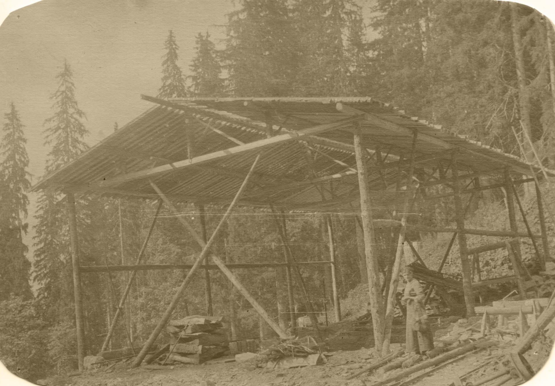 1909 003