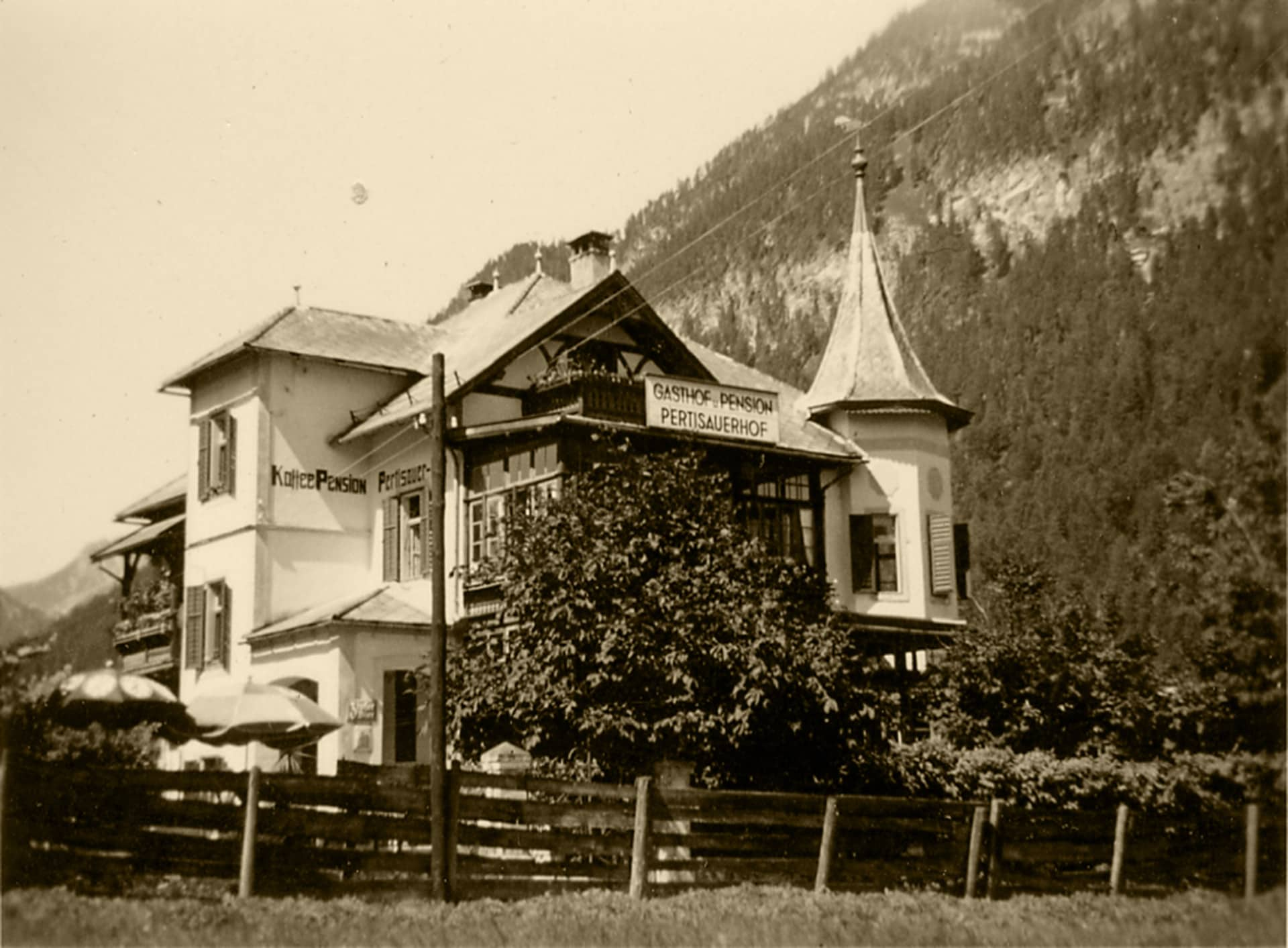 1920 002