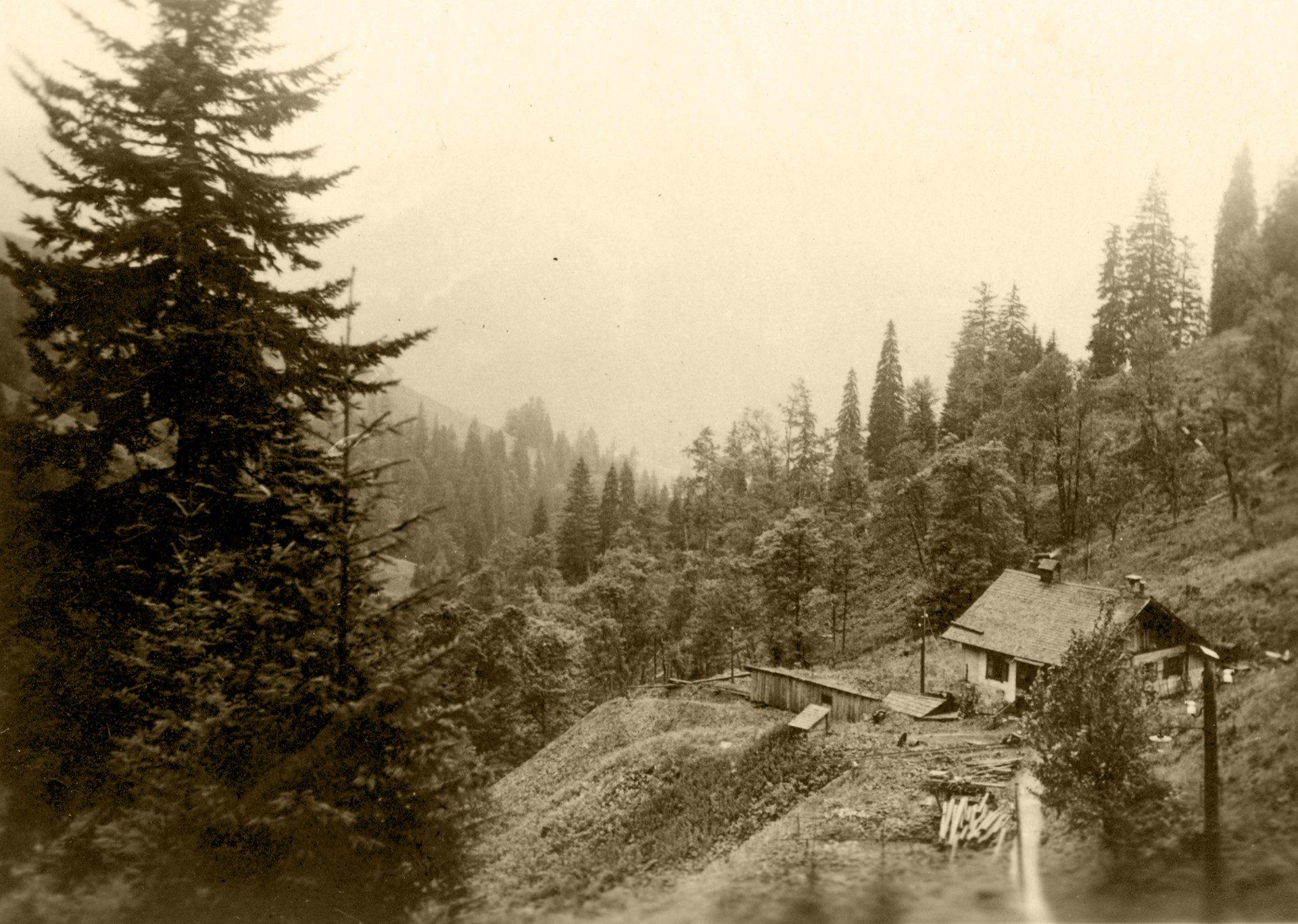 1930 005