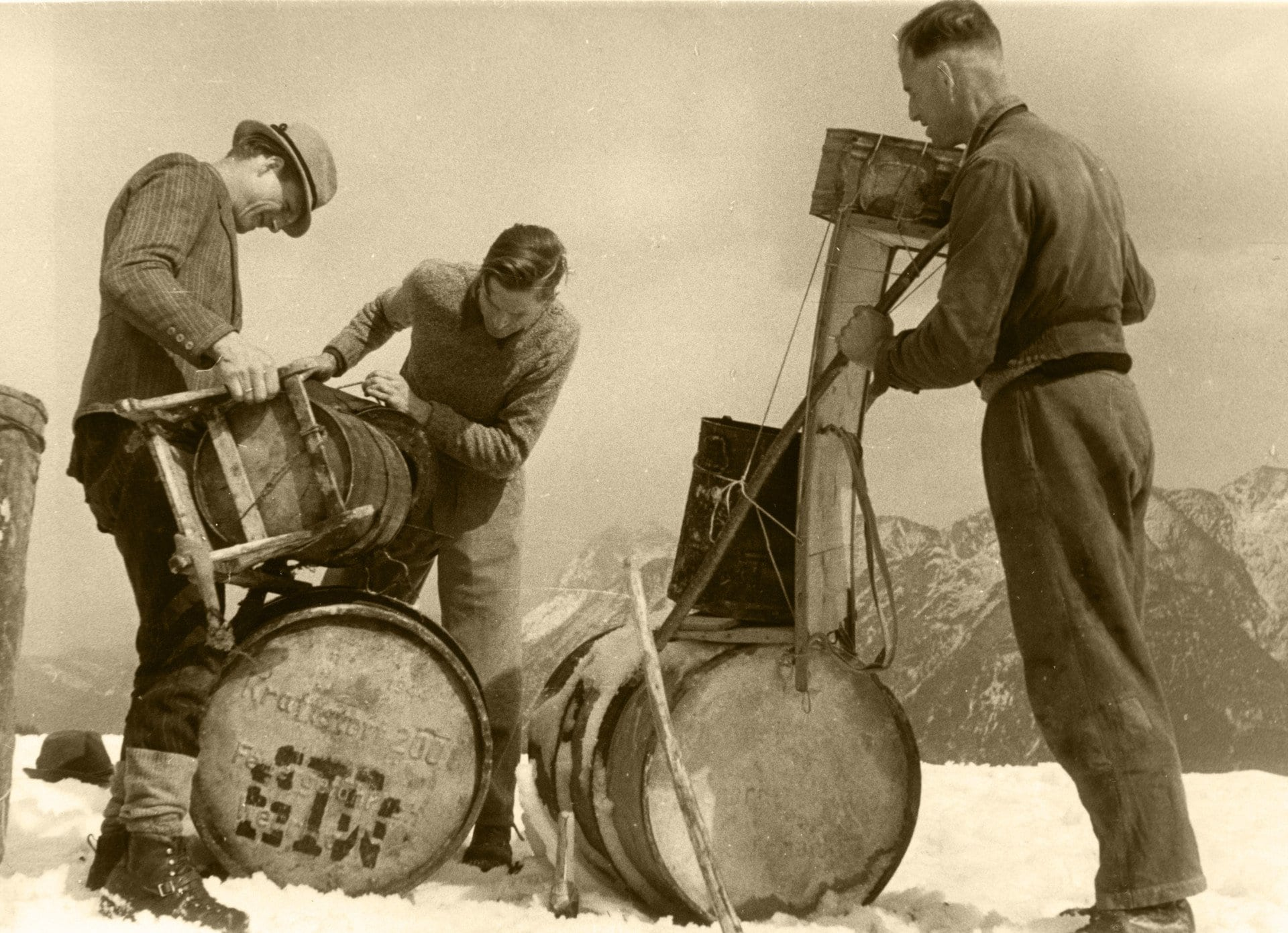 1937 009